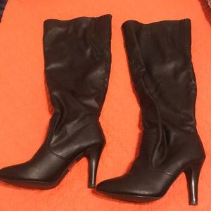 Collin Stuart 8.5 Faux Leather Knee High Boots